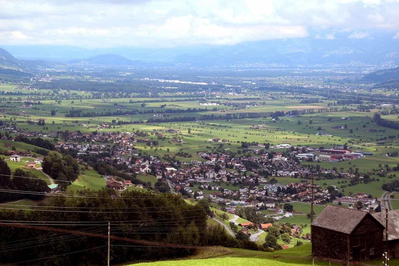 Blick von Südwesten auf Gams