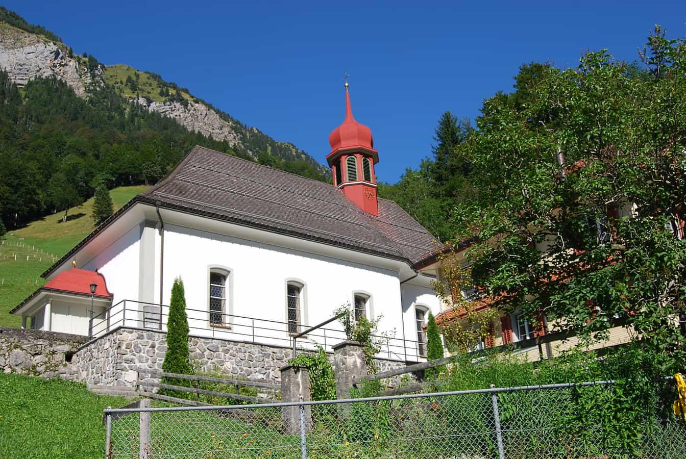 Katholische Pfarrkirche Maria zum Guten Rat