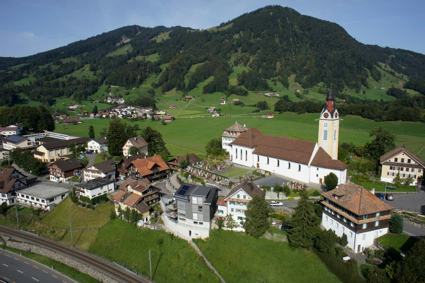 Dorf Sattel Luftaufnahme 2011