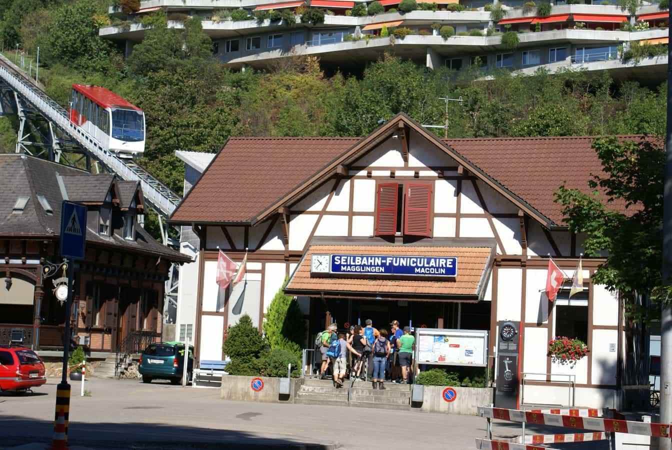 Talstation der Drahtseilbahn Magglingen