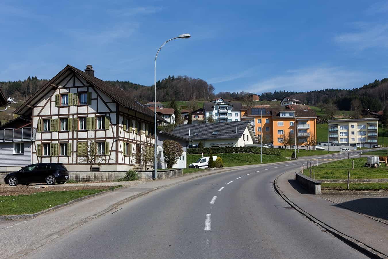 Dorfstrasse in Uffikon